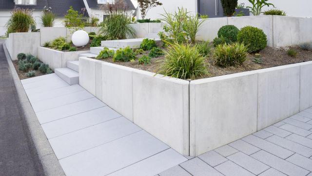 mało wymagające rośliny, ogrody, ogród prosty w utrzymaniu, iglaki w ogrodzie kompozycje, iglaki do ogrodu