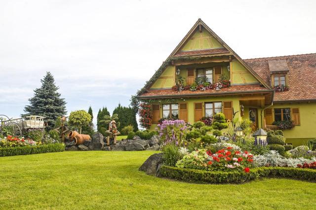 kompozycje roślinne, ogród w stylu rustykalnym, ogród rustykalny, ogród przydomowy, ogród wiejski